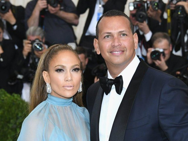 A-Rod explains why Jennifer Lopez is his daughters' role model