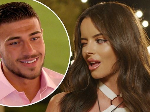 Love Island's Maura raises eyebrows with VERY crass comments about Tommy