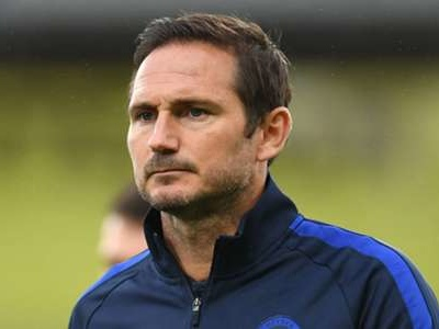 Lampard is building a team that can fight for the title next season, says ex-Chelsea team-mate Carvalho