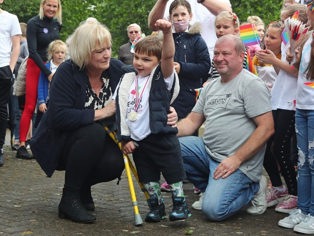 Double amputee Tony Hudgell, 5, raises £1m for NHS hospital in walking challenge