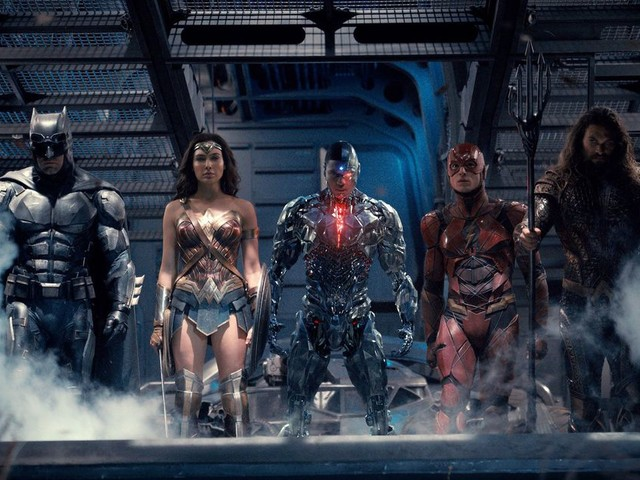 Warner Bros. has 9 DC superhero movies coming, and a few key ones missing