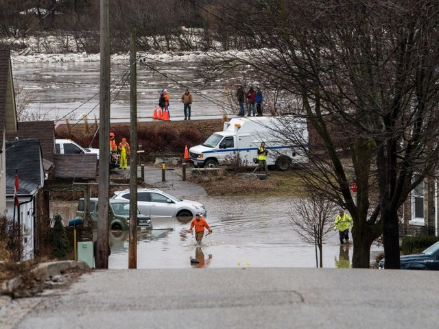 Severe flooding due to ice jam prompts state of emergency in Brantford, Ont.