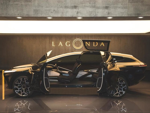 Aston Martin Lagonda All-Terrain Concept revealed
