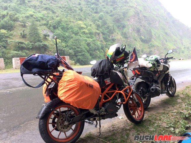 Fastest Char Dham on motorcycle recorded by KTM Duke 390 and Bajaj Dominar riders