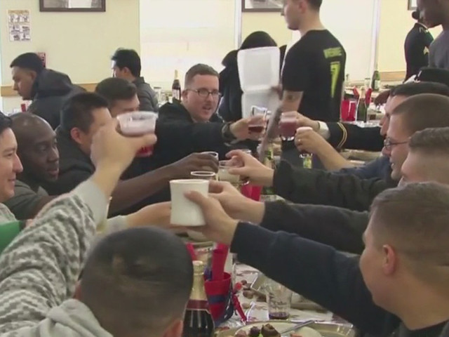 US Troops Serving Overseas Get A Taste Of Home On Thanksgiving