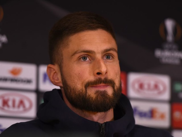 Giroud gets vocal on playing time issues at Chelsea