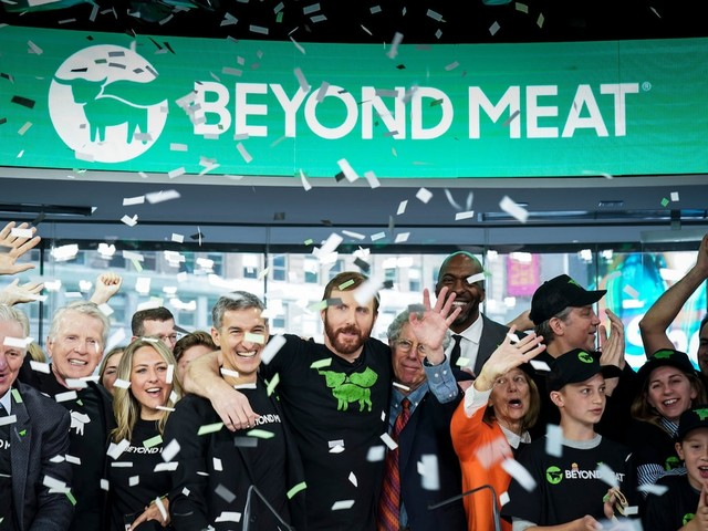 Beyond Meat gets slapped with a rare 'sell' rating after a Wall Street firm says it's not worthy of its 'tech valuation' (BYND)