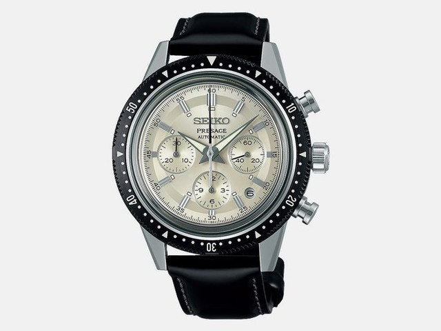 Commemorative Triple Subdial Watches - Seiko Created a Crown Chronograph Similar to Its 1964 Model (TrendHunter.com)