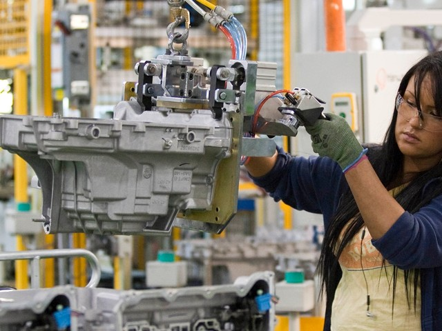 Here's how a Tesla deal for GM's abandoned factories could help revive America's struggling auto industry and create 45,000 jobs (TSLA, GM)