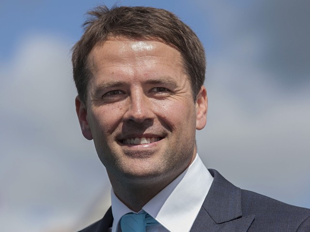 Michael Owen makes a prediction about Brighton vs Newcastle, Magpies fans won't be happy