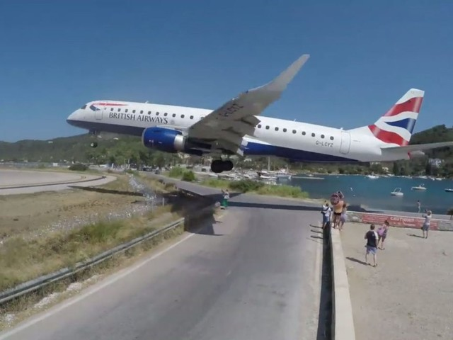 Greek airport dubbed Europe's St Maarten has a terrifying landing strip that plane selfie lovers can't get enough of