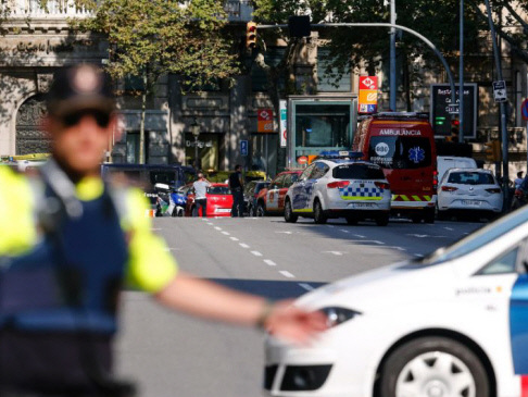 13 dead in Barcelona van carnage, 'terrorists' killed in another incident