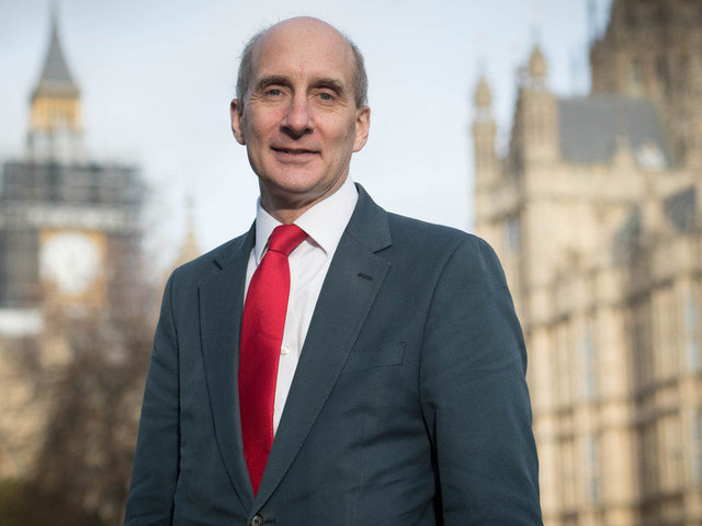 Lord Adonis Calls On Transport Secretary Chris Grayling To Quit Over East Coast Rail Franchise 'Bailout'