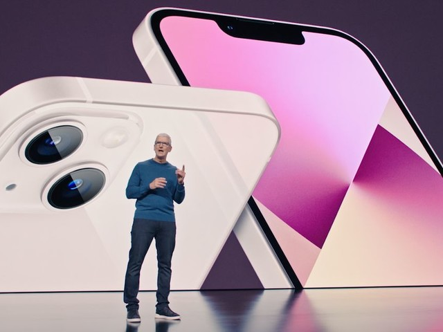 iPhone 13's biggest feature isn't on a spec sheet. It's the trade-in offers - CNET