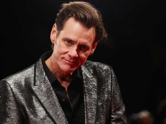 Jim Carrey Celebrates the End of Trump's Presidency by Throwing Paper Towels at TV
