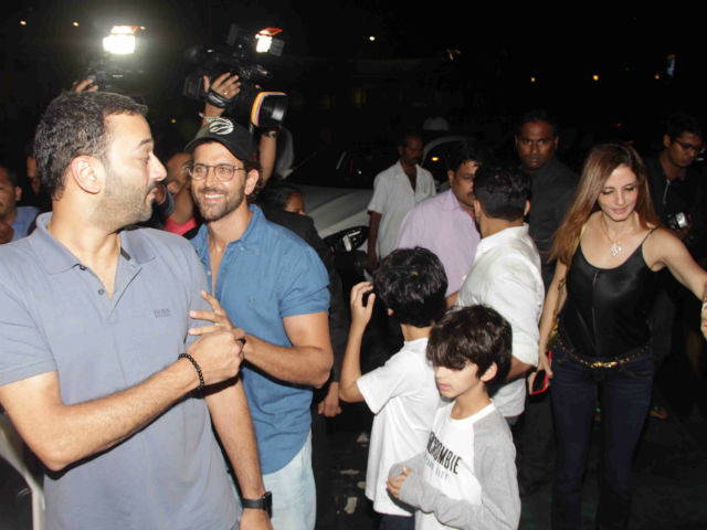 Hrithik And Ex-Wife Sussanne Spotted On A Dinner Date With Sons