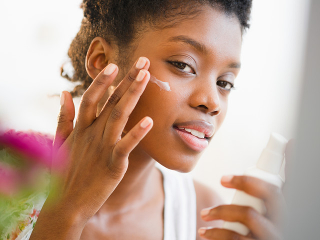 Best SPF for acne 2020: oil-free sunscreen to protect your skin from the sun and prevent signs of ageing