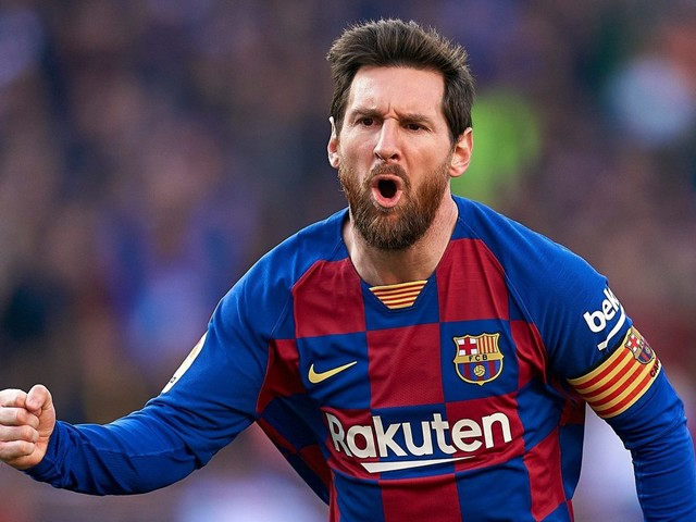 Barcelona confident Messi, 32, will sign new deal amid Inter transfer claim as Italians haggle over Martinez
