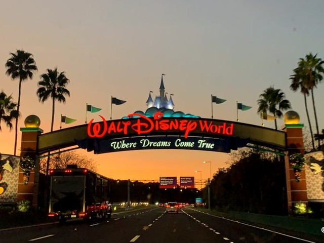 Get Extra Time at Walt Disney World with Extra Magic Hours