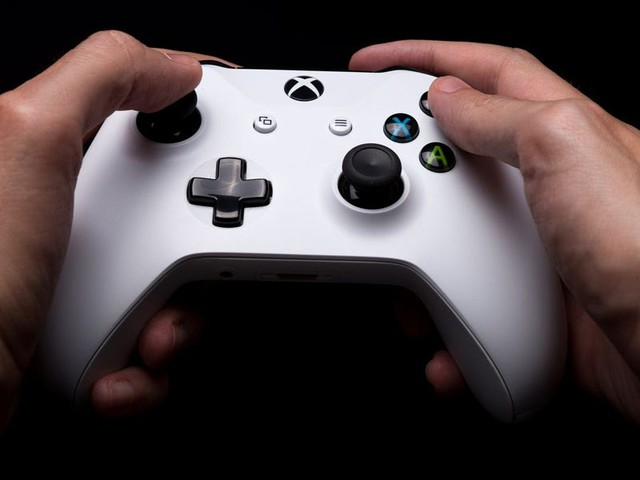 Microsoft's new controllers for the Xbox Series X, Series S, and Xbox One are $20 off in a rare Cyber Monday 2020 deal