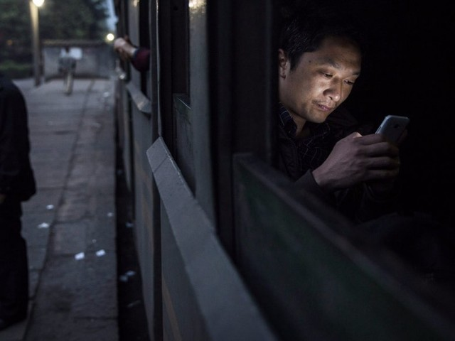 China is reportedly blocking WhatsApp in a move to step up surveillance (FB)