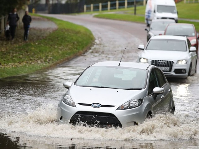 UK weather forecast: Met Office warning as two weeks of rain to hit in one day