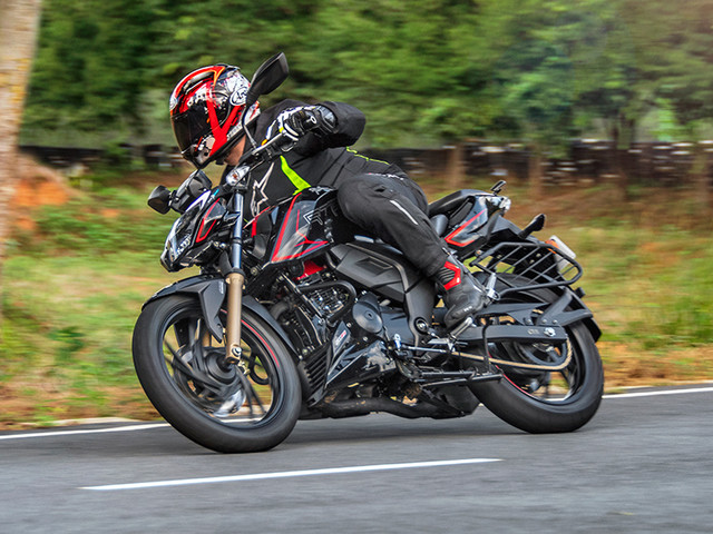 Review: 2020 BS6 TVS Apache RTR 200 4V review, test ride