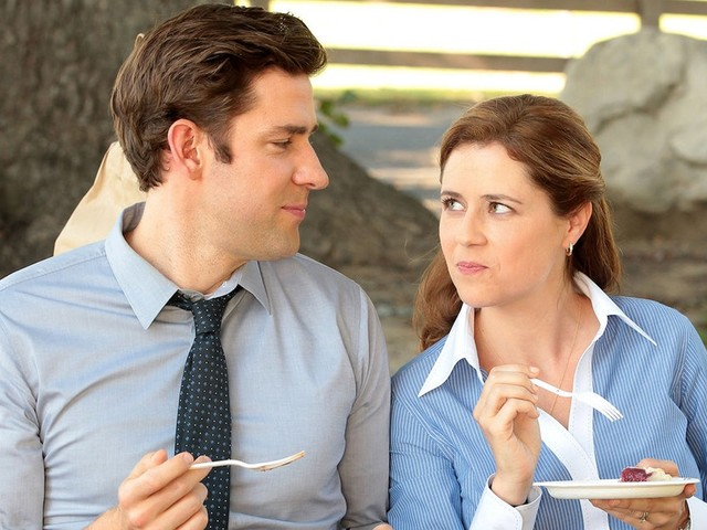 'The Office's Jim & Pam Were Supposed To Break Up In The Final Season, But Plans Changed