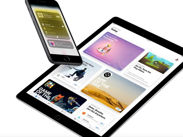 Apple Releases a Revised iOS 11 Beta 2 to Registered Developers