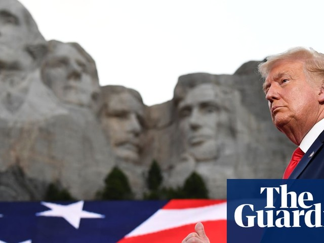 US under siege from 'far-left fascism', says Trump in Mount Rushmore speech
