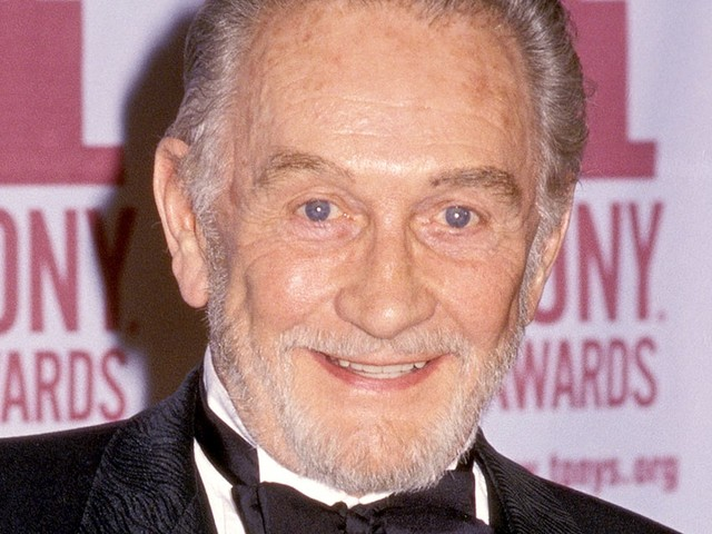 Roy Dotrice Dead: 'Game Of Thrones' Actor Dies At 94