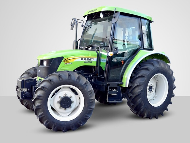 Top 5 Tractors With AC Cabins In India [With Prices]