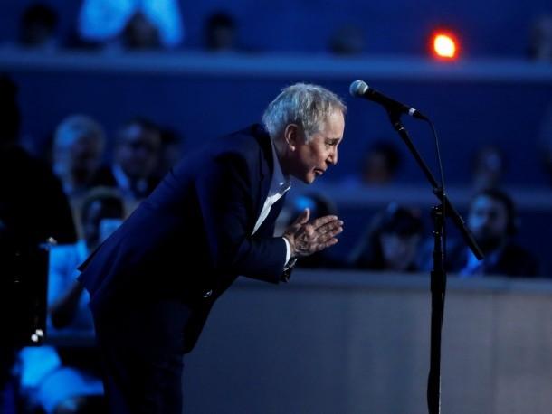 Paul Simon announces farewell from touring