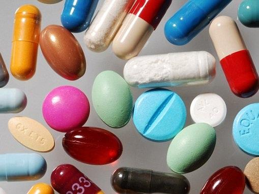 MARKET REPORT: Pharma stocks cushion blow for sickly FTSE