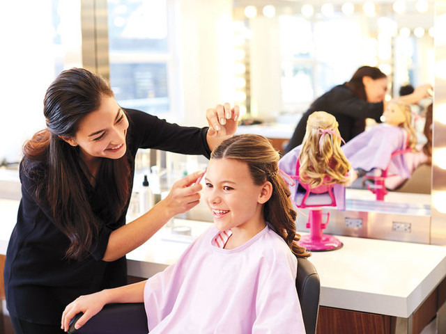 In-Store Doll Salons - The American Girl Salon Invites Girls to Match their Favorite Doll's Style (TrendHunter.com)