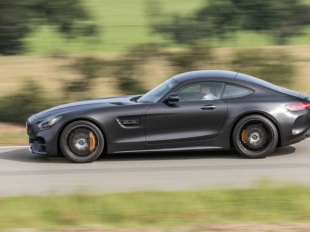 Mercedes-AMG GT C 2017 review