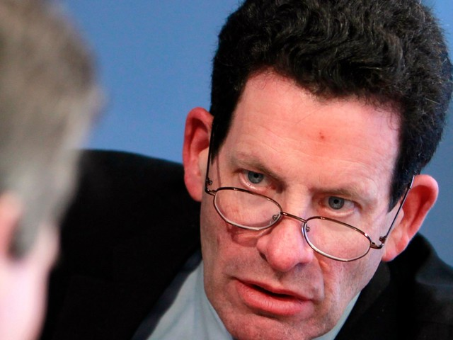 Billionaire investor Ken Fisher breaks down his core strategy for beating the market — and explains why he always wants to buy 'some stuff that does badly'