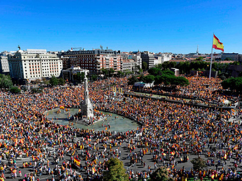Spain protesters demand action over Catalonia crisis