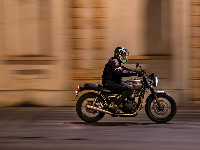 Review: 2019 Triumph Street Twin review, test ride