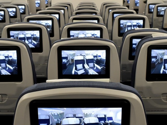 The best and worst US airlines to fly for in-flight entertainment, ranked