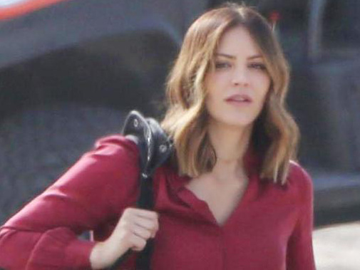 Katharine McPhee Brings Her Cute Pup to 'Scorpion' Set!