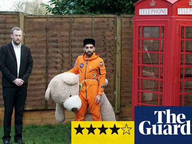 Taskmaster review – a delightfully daft diversion from the world