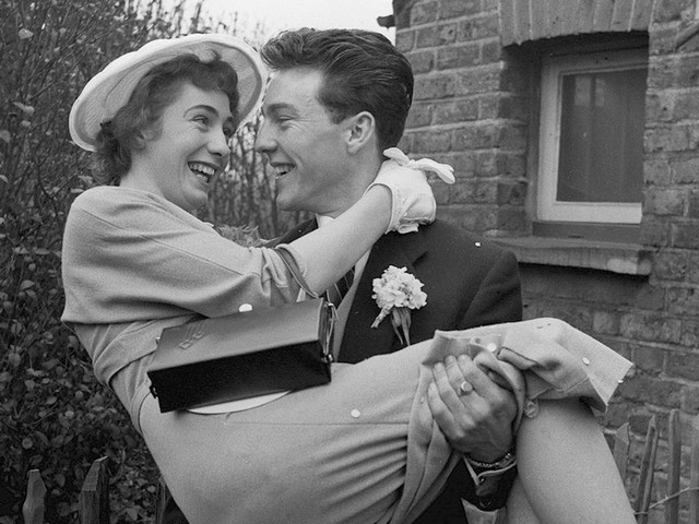 Frail football legend Jimmy Greaves remarries ex-wife in 'emotional' ceremony six decades after first tying the knot