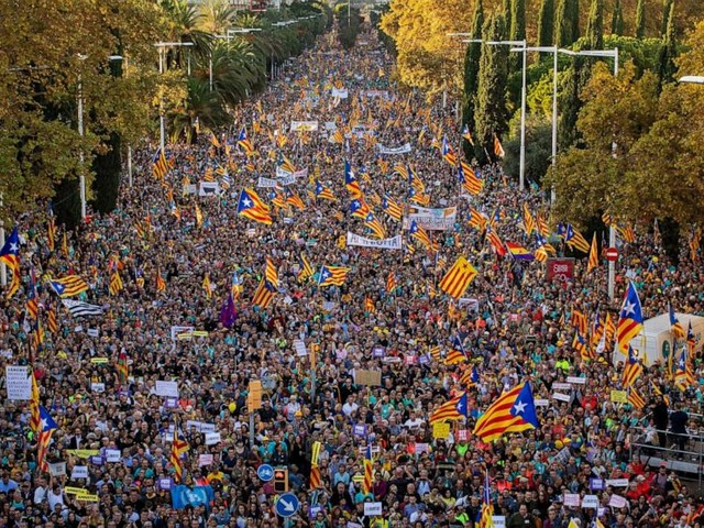 Separatists rally for release of prisoners in Barcelona