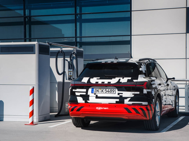 Audi E-tron tests at the Nurburgring ahead of launch - on video