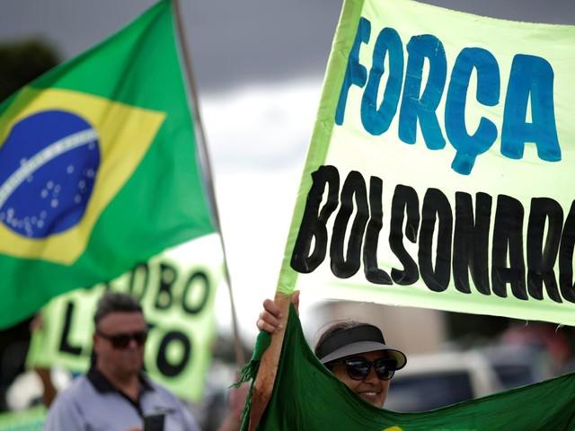 Brazil president refuses to ramp up COVID-19 lockdown as Facebook pulls video