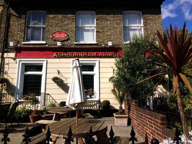 The Brigadoon Pub in Greenwich