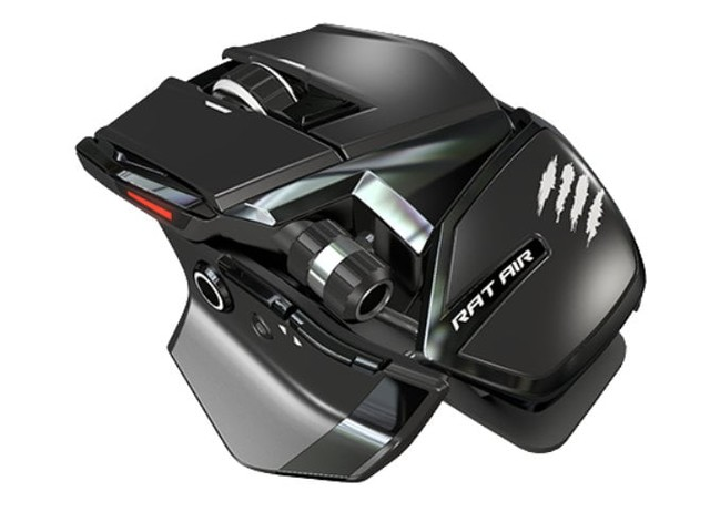 Mad Catz R.A.T.AIR wireless gaming mouse with continuous charging mouse mat
