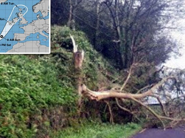 7 of the most dramatic pictures after Storm Ophelia battered Ireland - gallery