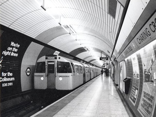 The Jubilee Line Is 40 Years Old... Here Are Some Awesome Vintage Photos